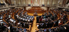 Parlamento: Primeira reunião da nova legislatura.